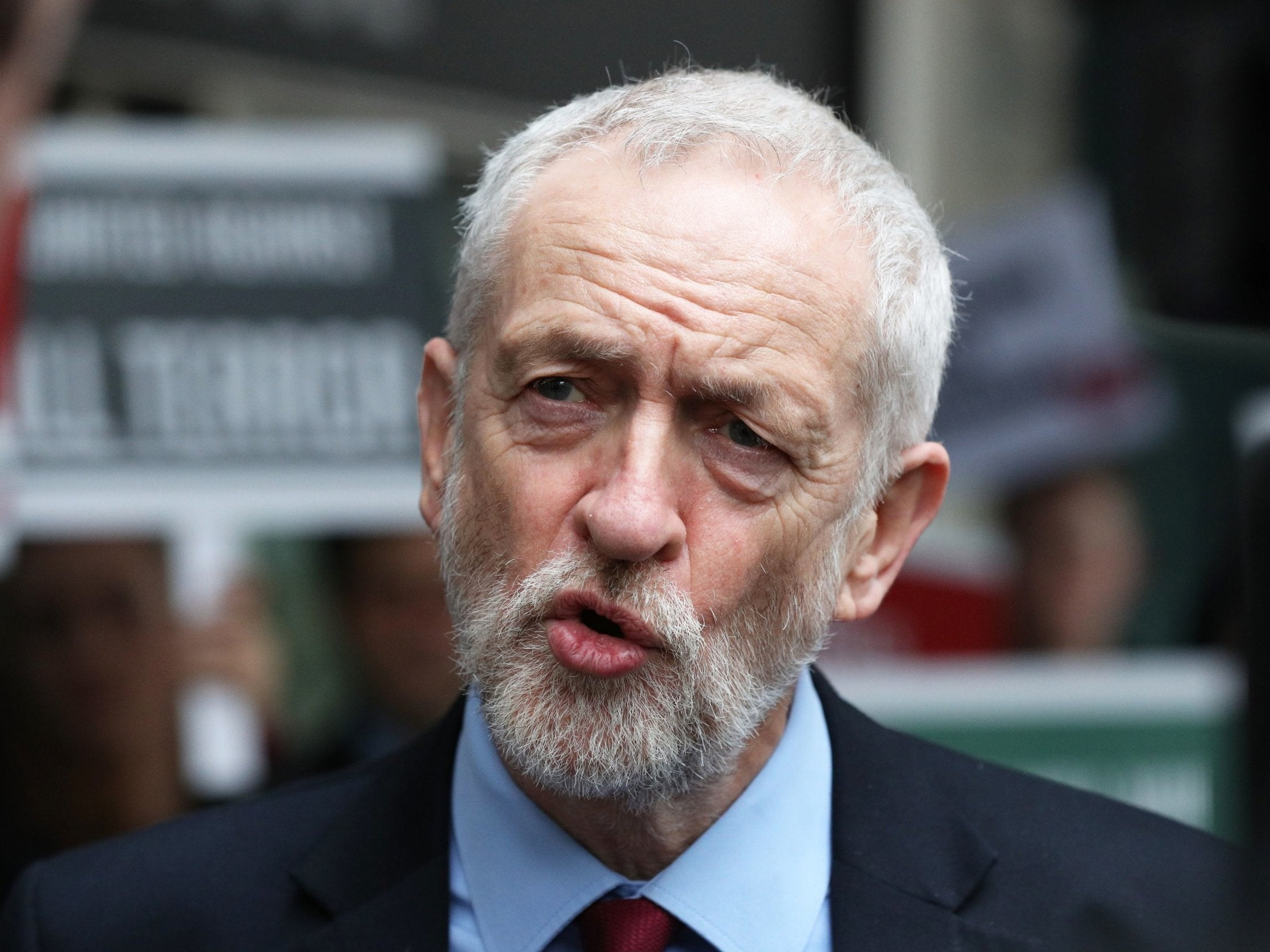 Labour pledges £1.3bn for thousands of bus routes 'devastated' by austerity