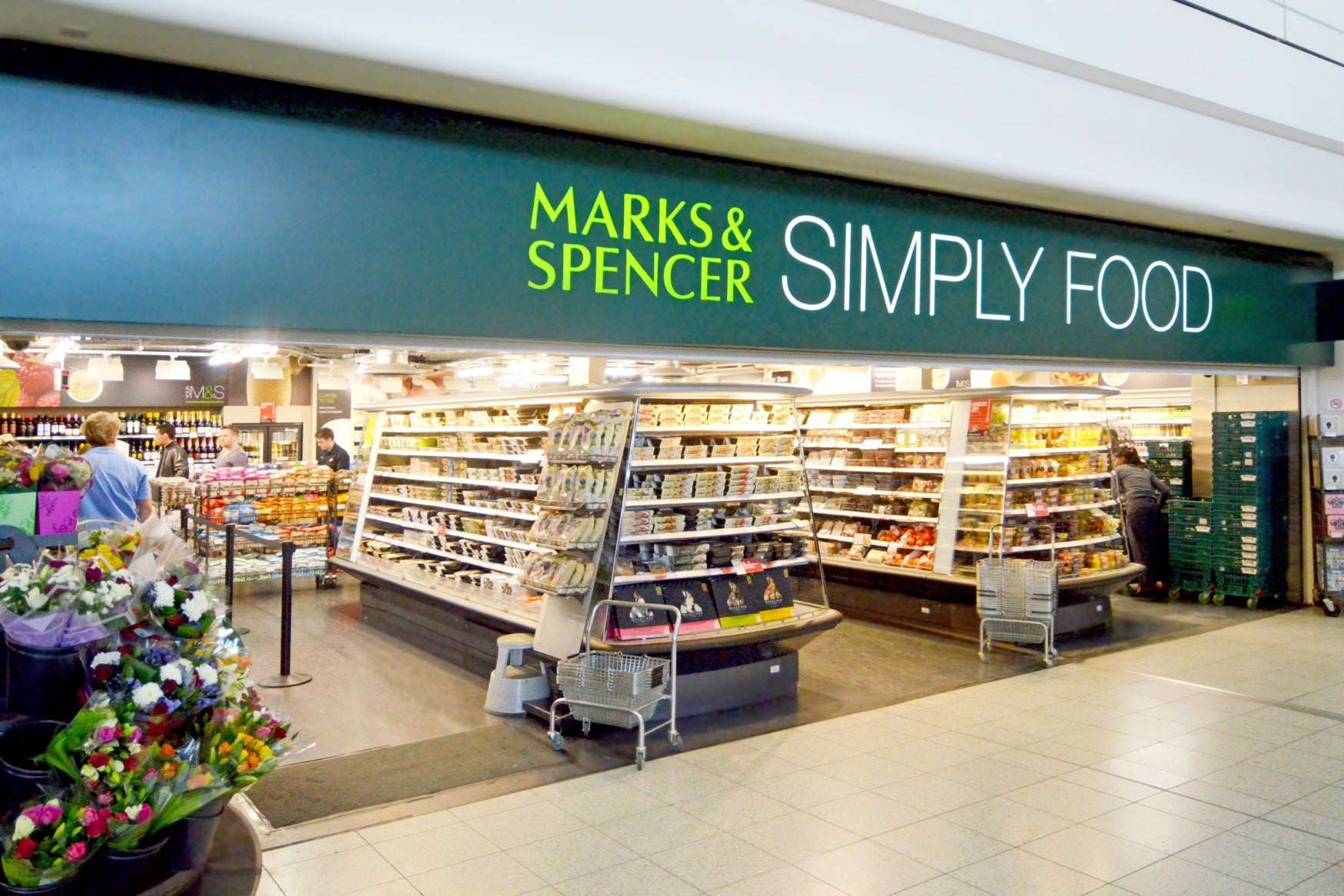 Marks & Spencer outrages vegans by selling fruit juices with beef collagen