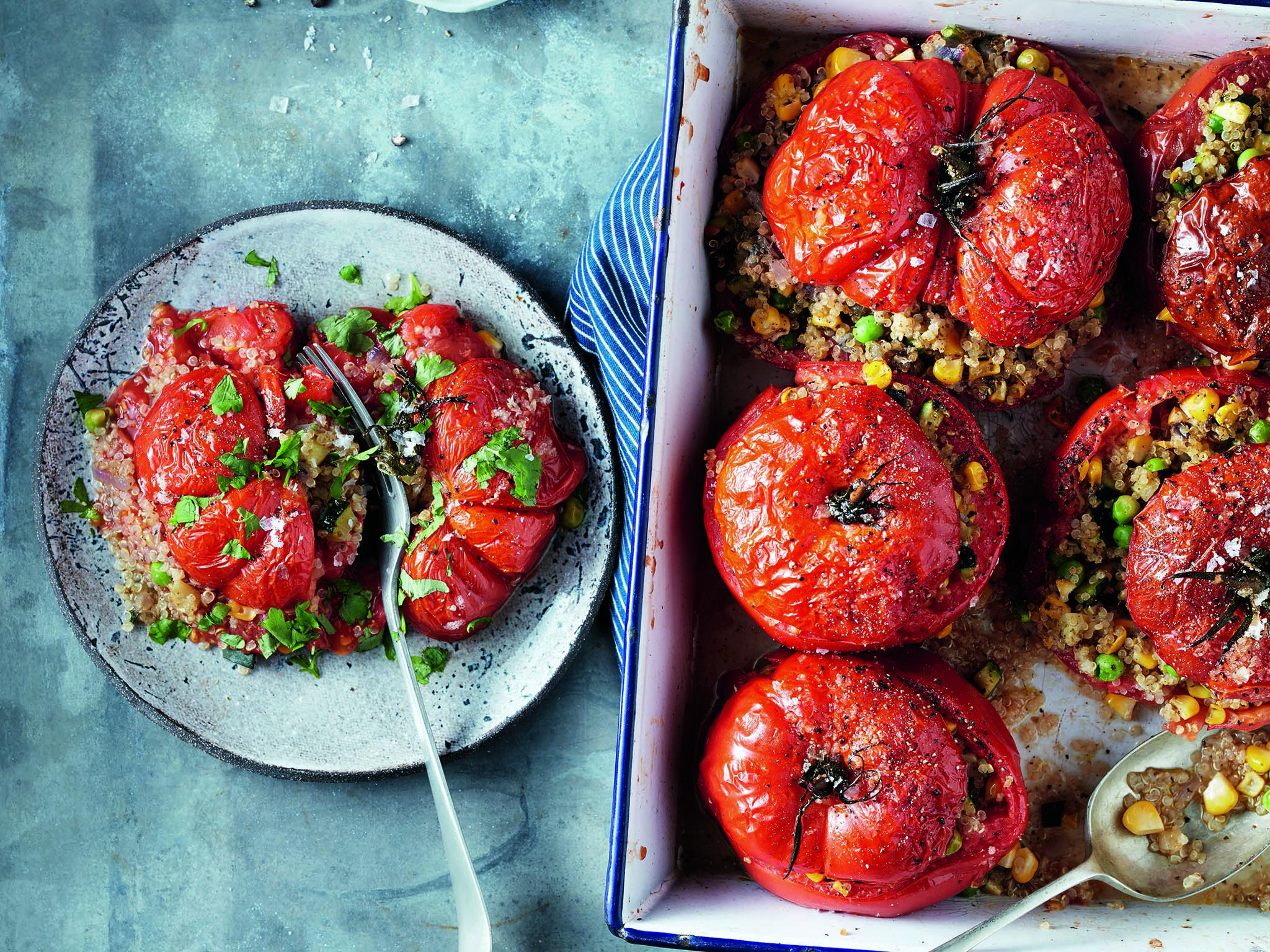 How to make vegan quinoa-stuffed tomatoes 1
