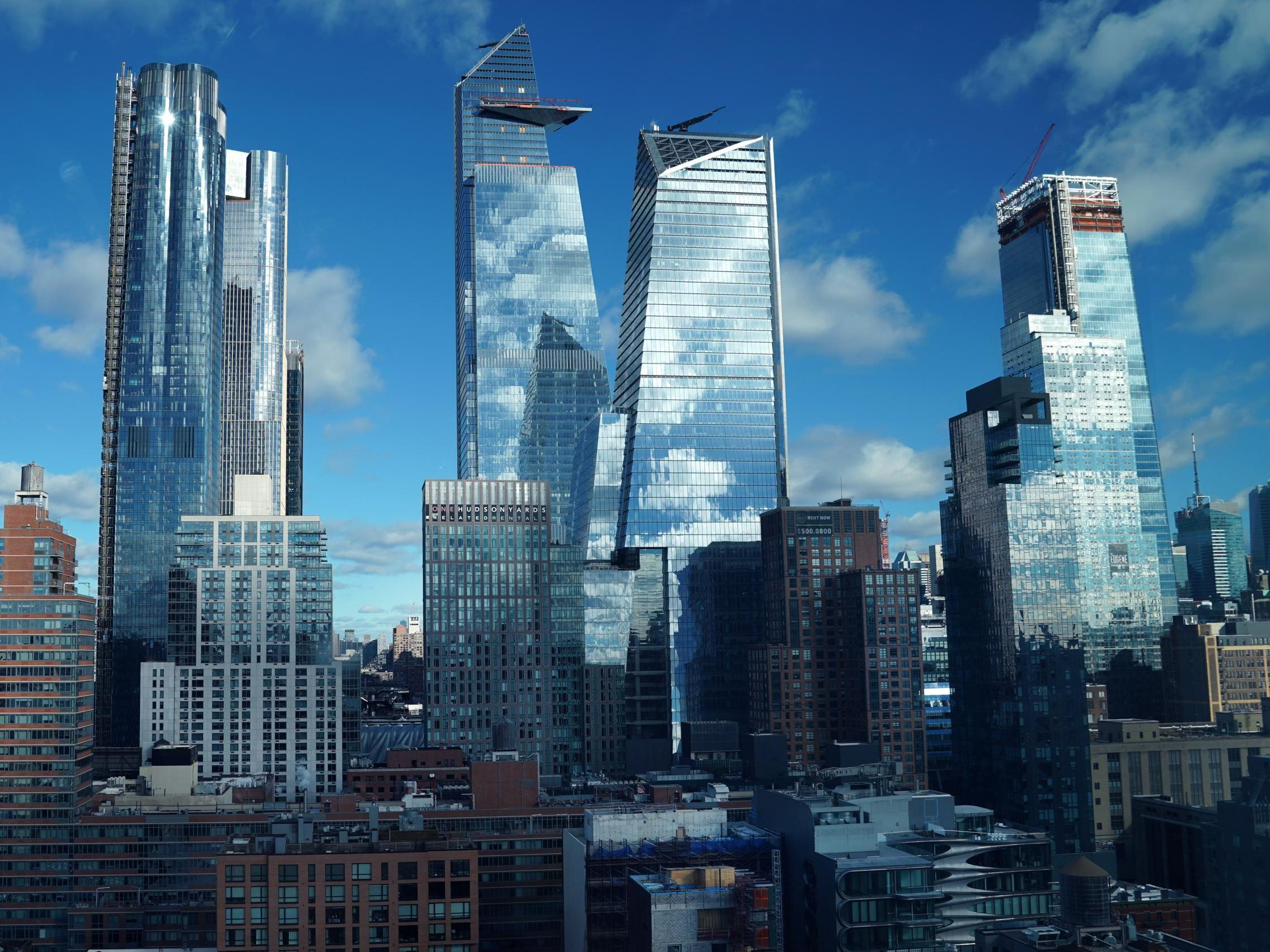 New York set to ban glass skyscrapers in bid to tackle climate change