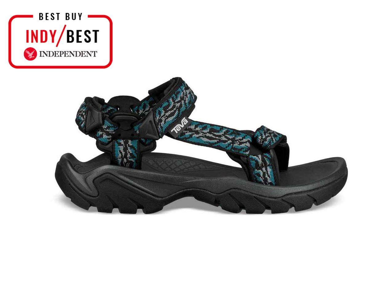75691c725722 10 best women s walking sandals