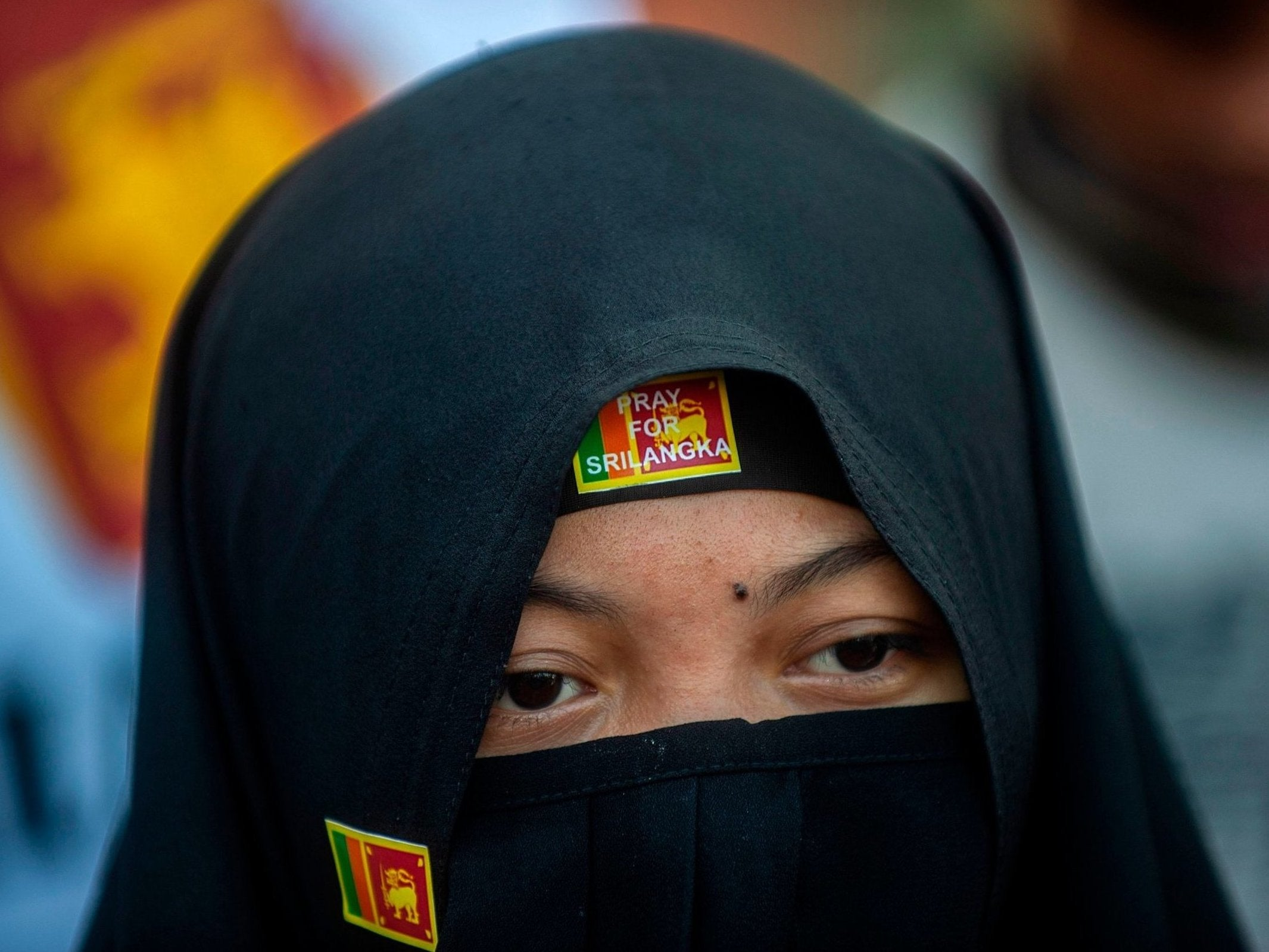 Burqa ban: Sri Lanka bars Muslim women from wearing face veils after