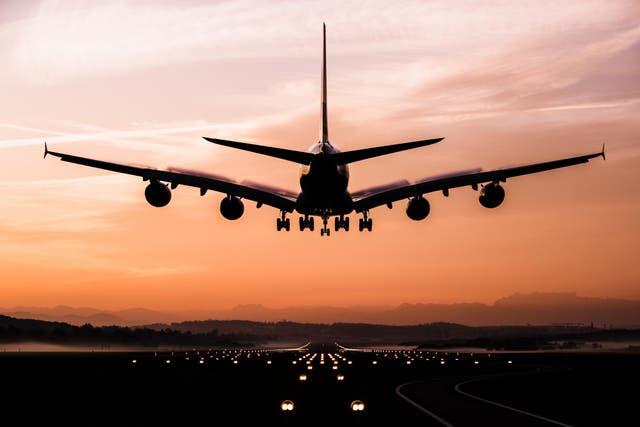Quienes viajan con sus trabajos suelen hacerlo hasta ocho veces al año.