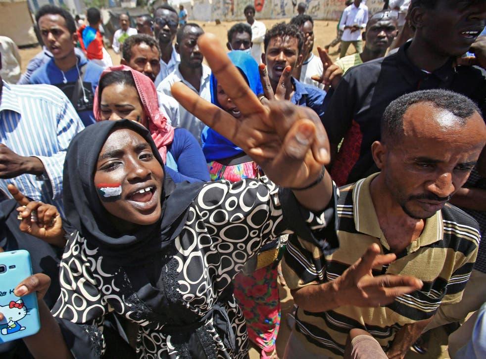 Demonstrators outside the army headquarters in Khartoum on Thursday
