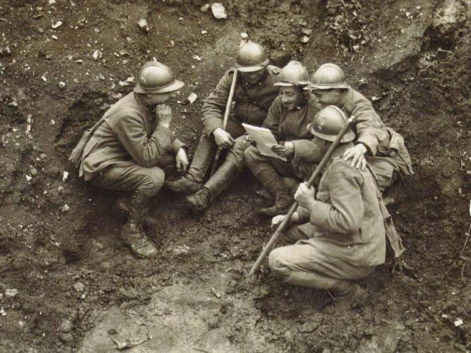 Mustard gas leaking from vast underwater First World War weapons dum…