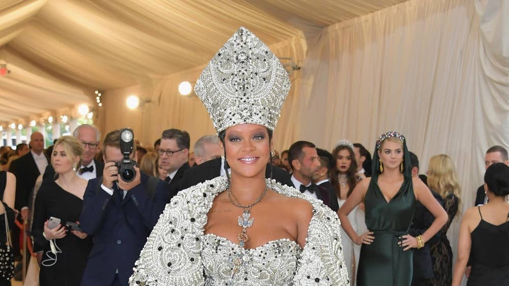 'Heavenly Bodies: Fashion and the Catholic Imagination' (2018)