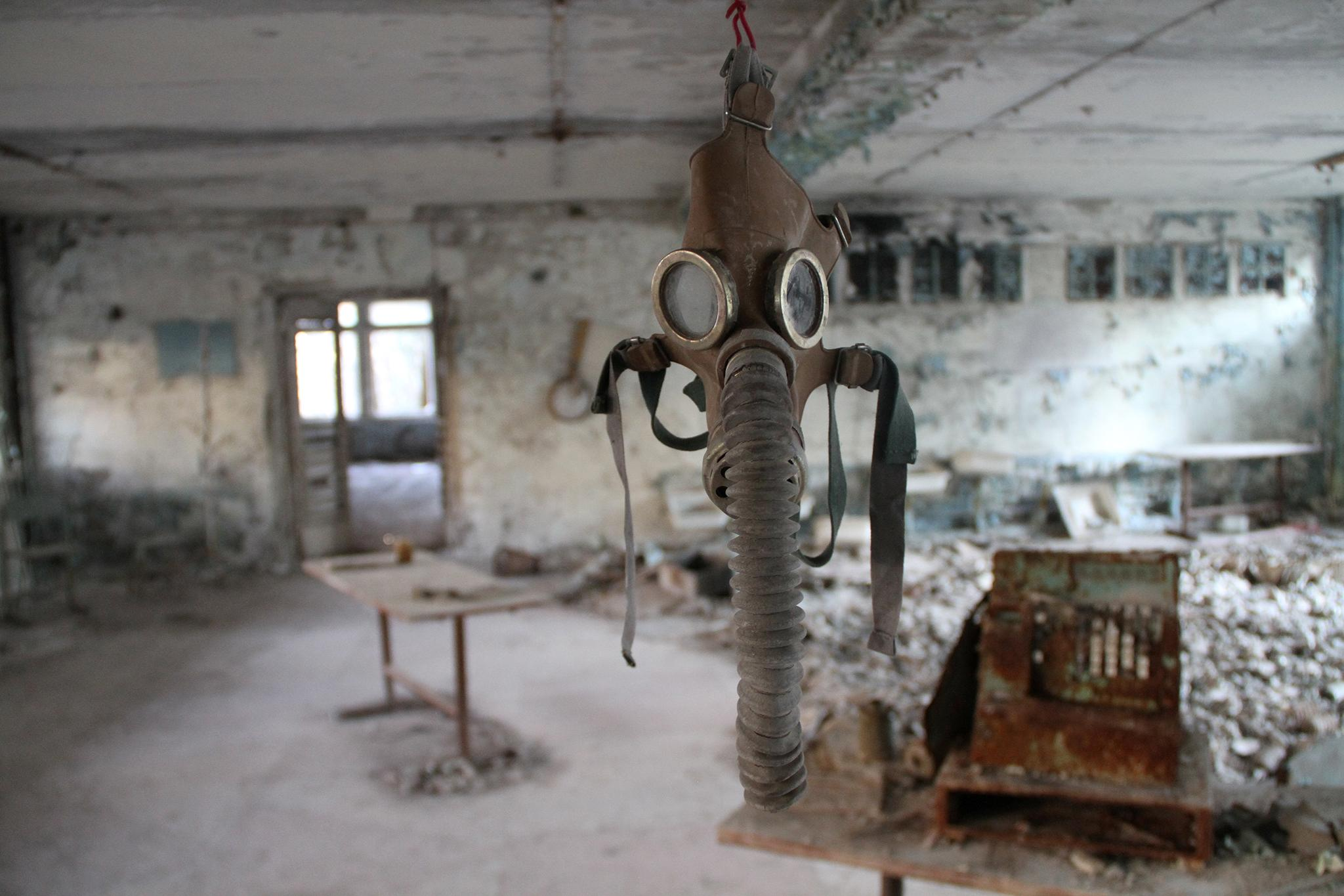 Chernobyl: Photos show illegal urban tours around abandoned