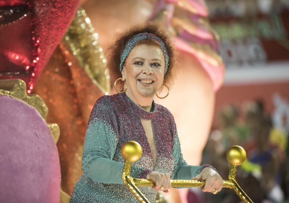 Beth Carvalho: Samba singer who soundtracked Brazil's street