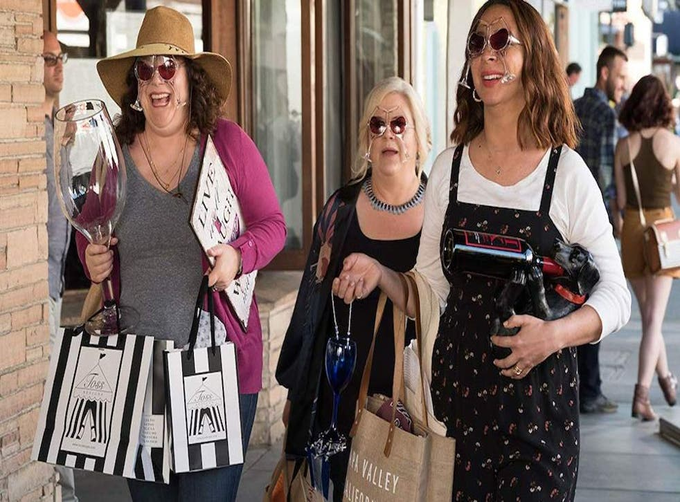 Emma Spivey, Paula Pell and Maya Rudolph in Wine Country