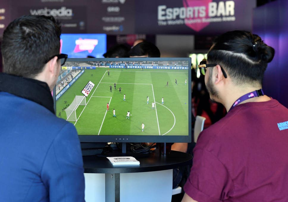 Hasil gambar untuk Fifa, PUBG and Overwatch loot boxes 'not gambling', despite fears children could become addicted