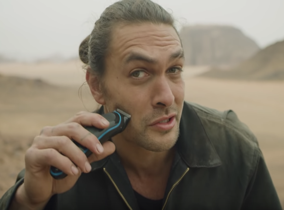 Jason Momoa apologises for being more interesting than the Mueller report (YouTube)