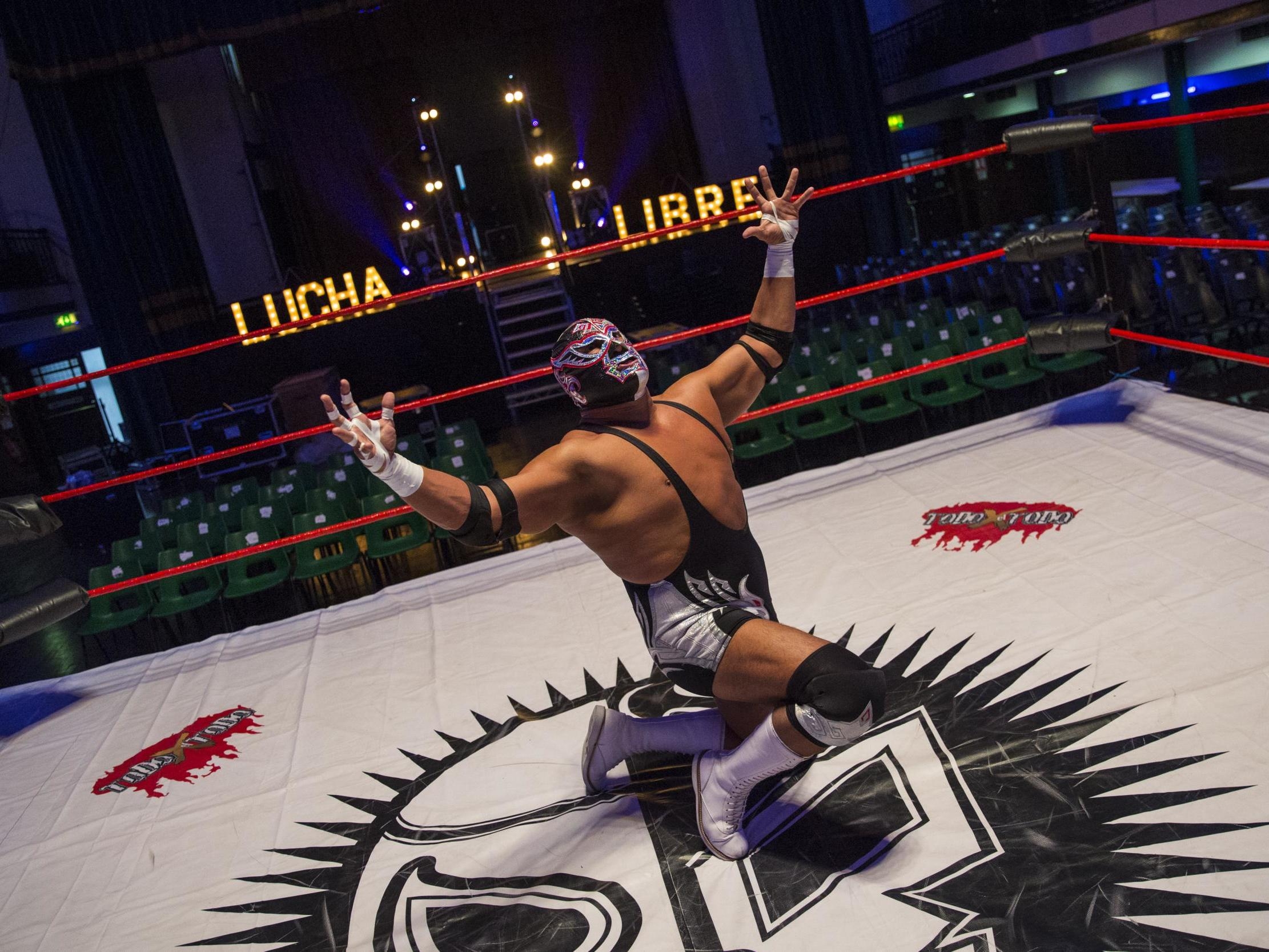 Silver King death: Wrestler and Nacho Libre star collapses