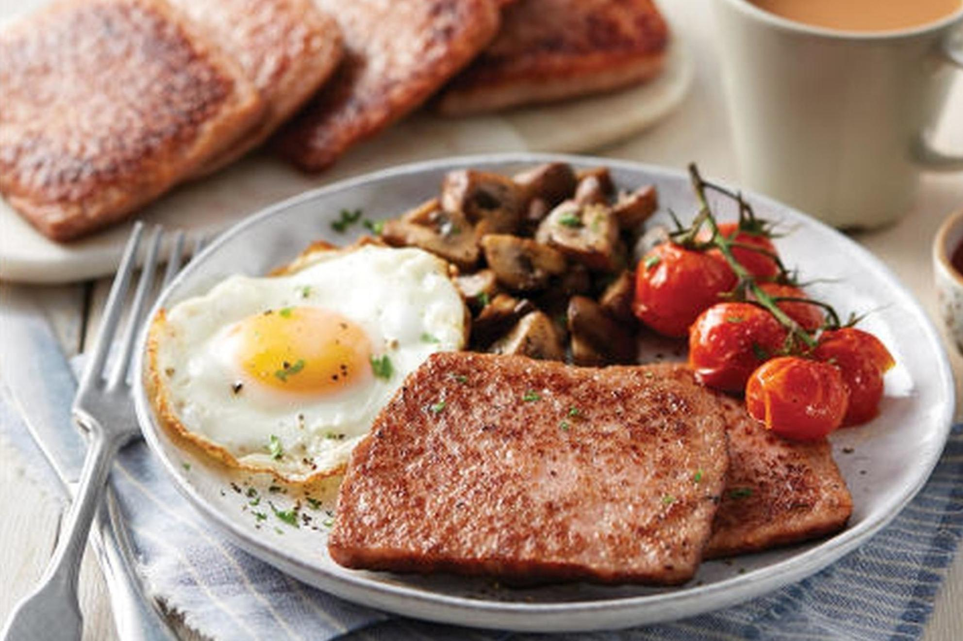 Aldi's square sausage sparks 'cultural appropriation' outrage on social media among Scots 1
