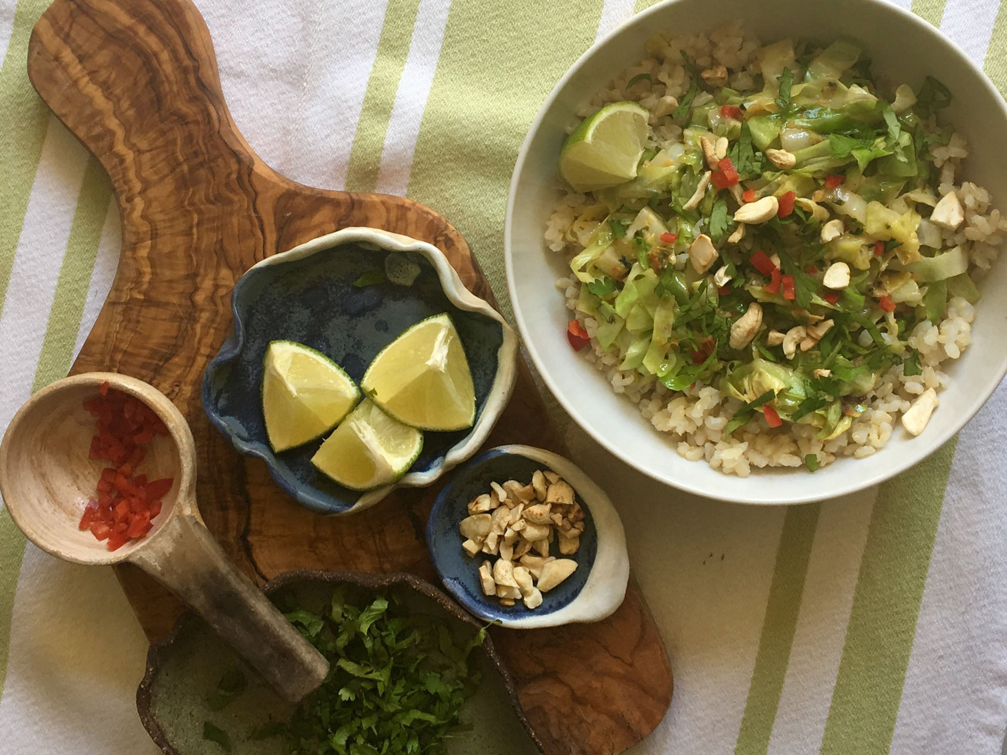 How to make stir fried hispi cabbage with cashews and chilli 1