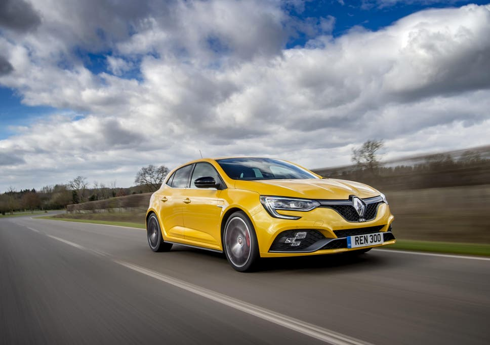 Car Review: Renault Megane RS 300 Trophy – cracking the whip