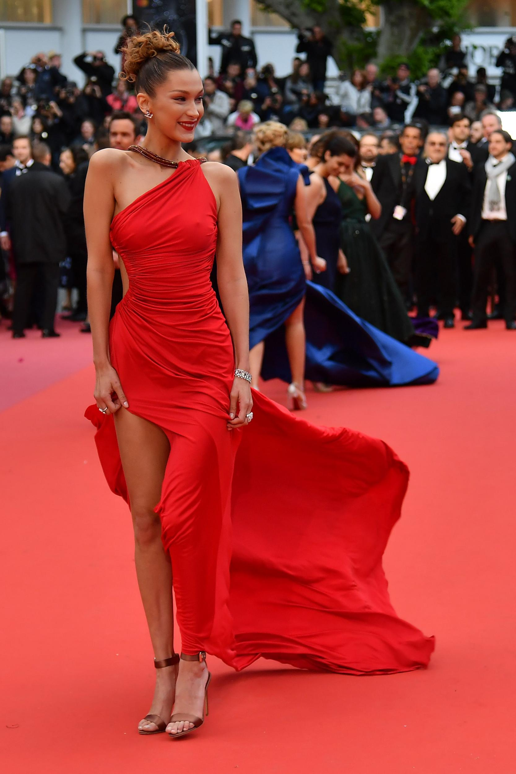 97c2a353e92263 HolaBuzz | All the stylish attendees at Cannes Film Festival 2019 ...