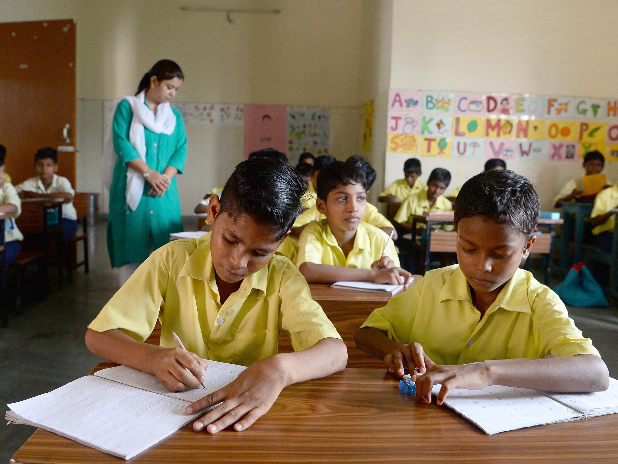 india school - India moves to end primary teaching in English as Modi unveils major education reforms