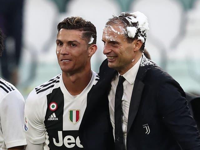 <p>Cristiano Ronaldo with Juventus coach Max Allegri in 2019</p>