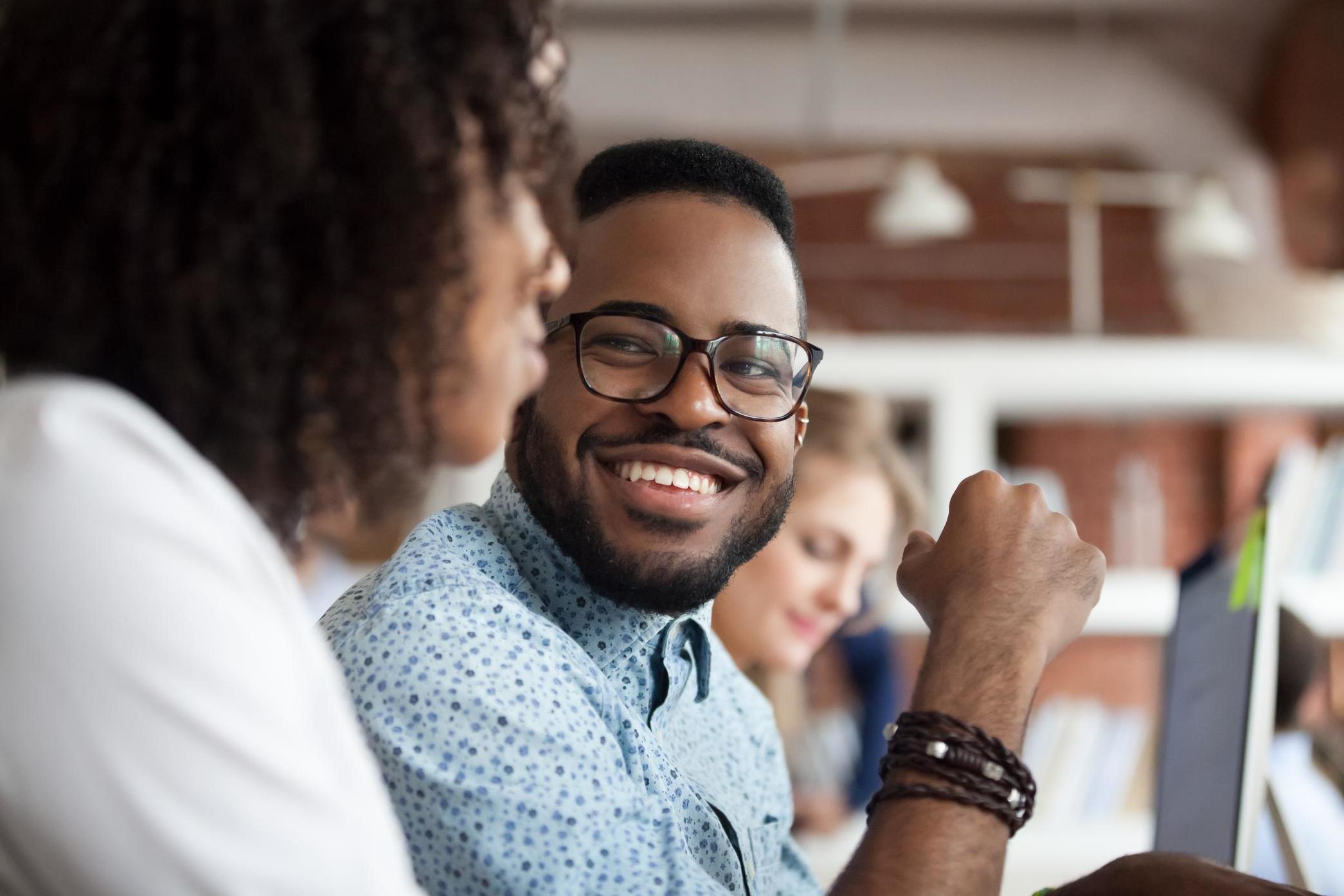 Most millennials 'struggle to make friends at work'