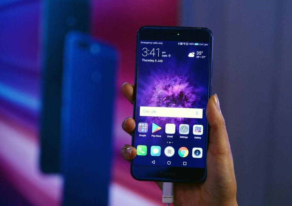 Huawei phone owners rush to trade in handsets after Android ban