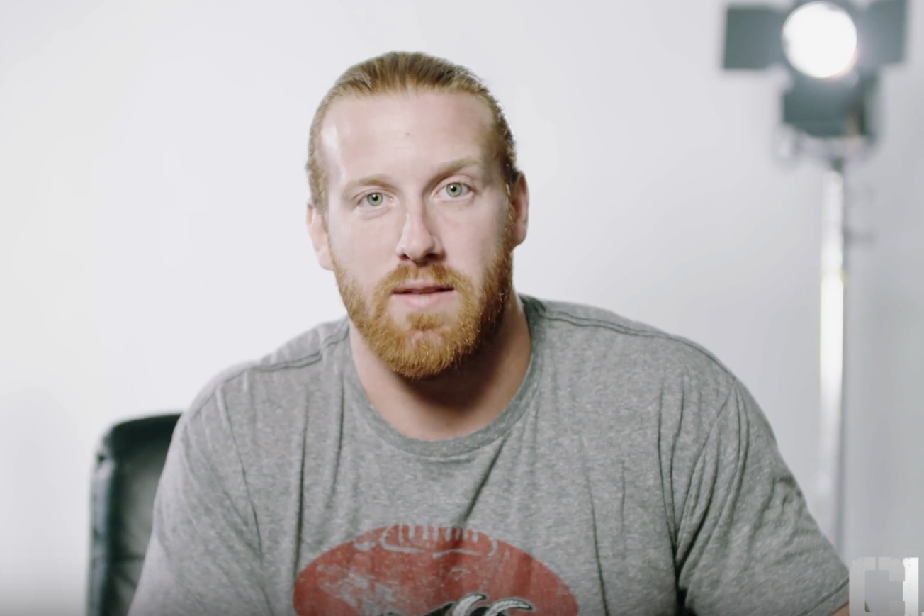 NFL player Hayden Hurst uses Twitter to find 'gorgeous tall brunette' he saw on his flight