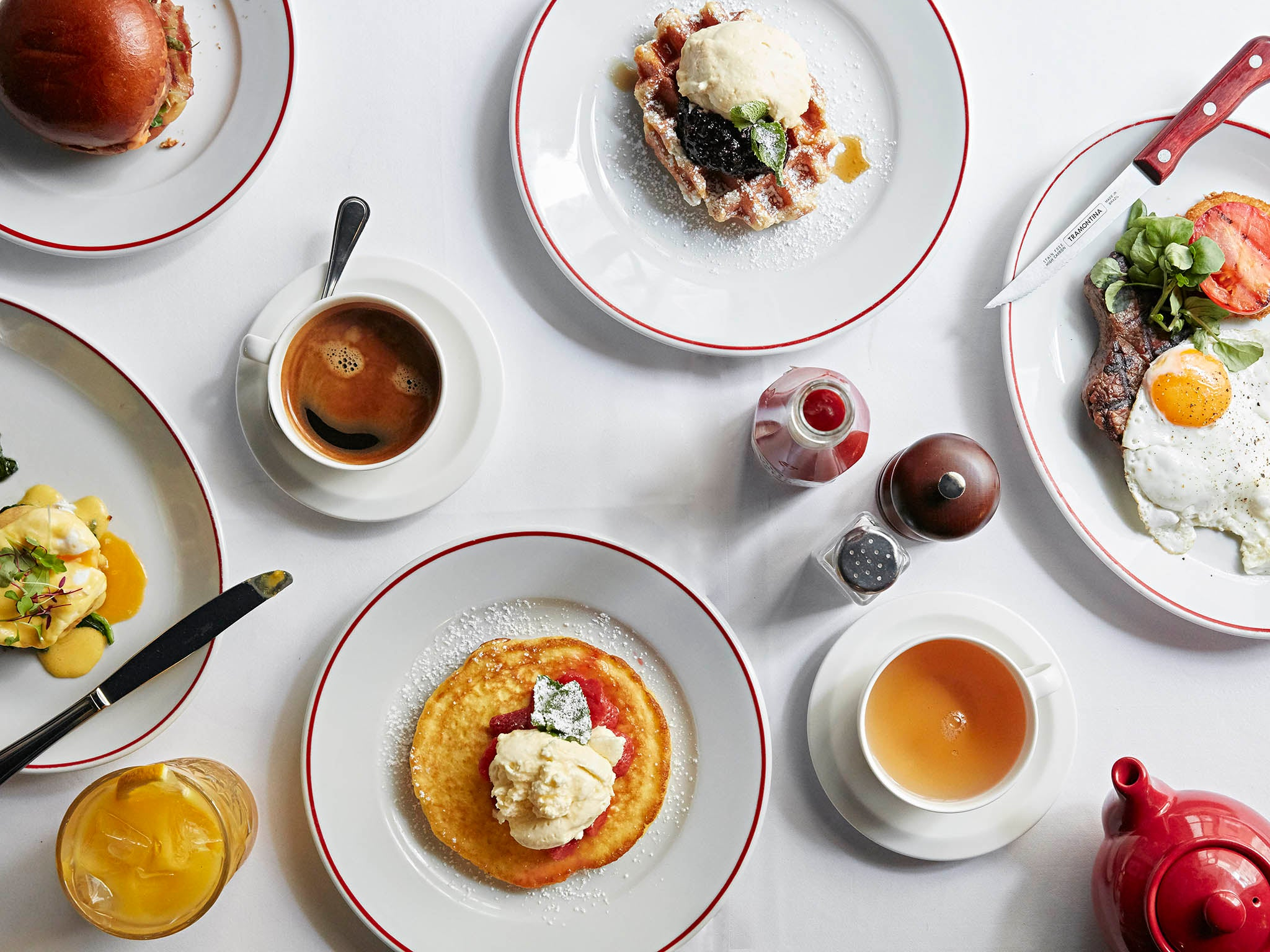 Joe Allen, brunch review: Classic American dishes with a side order of West End singing