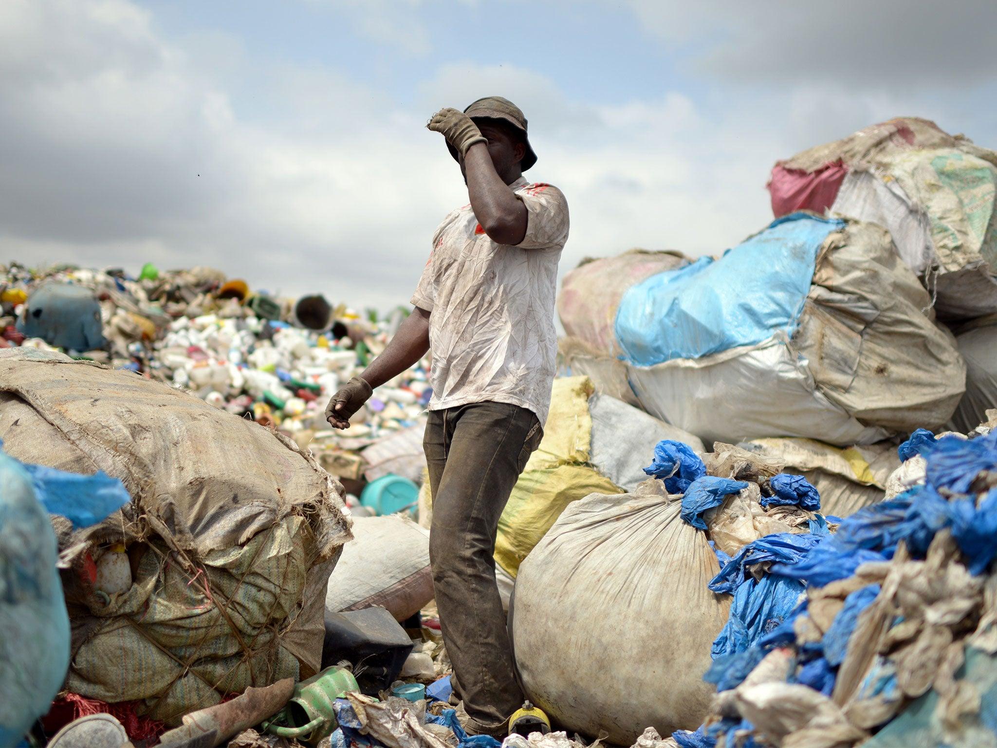 Tanzania to ban plastic bags in bid to tackle pollution