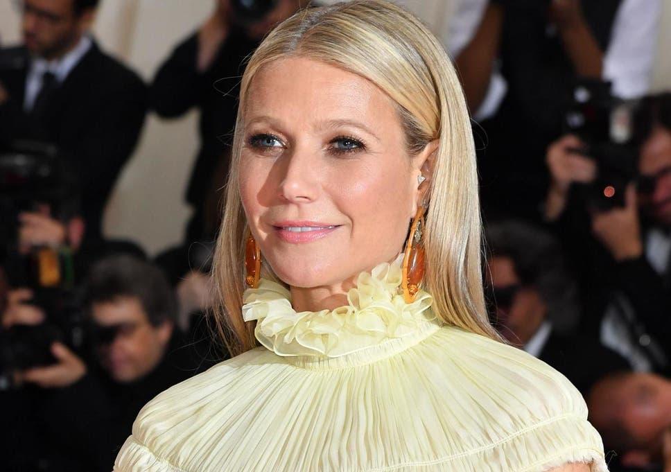Gwyneth Paltrow Goop Founder Used 1 000 Worth Of Beauty