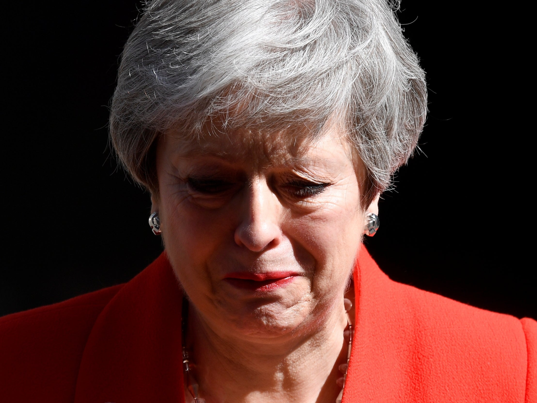 theresa may resignation speech  by crying she finally did
