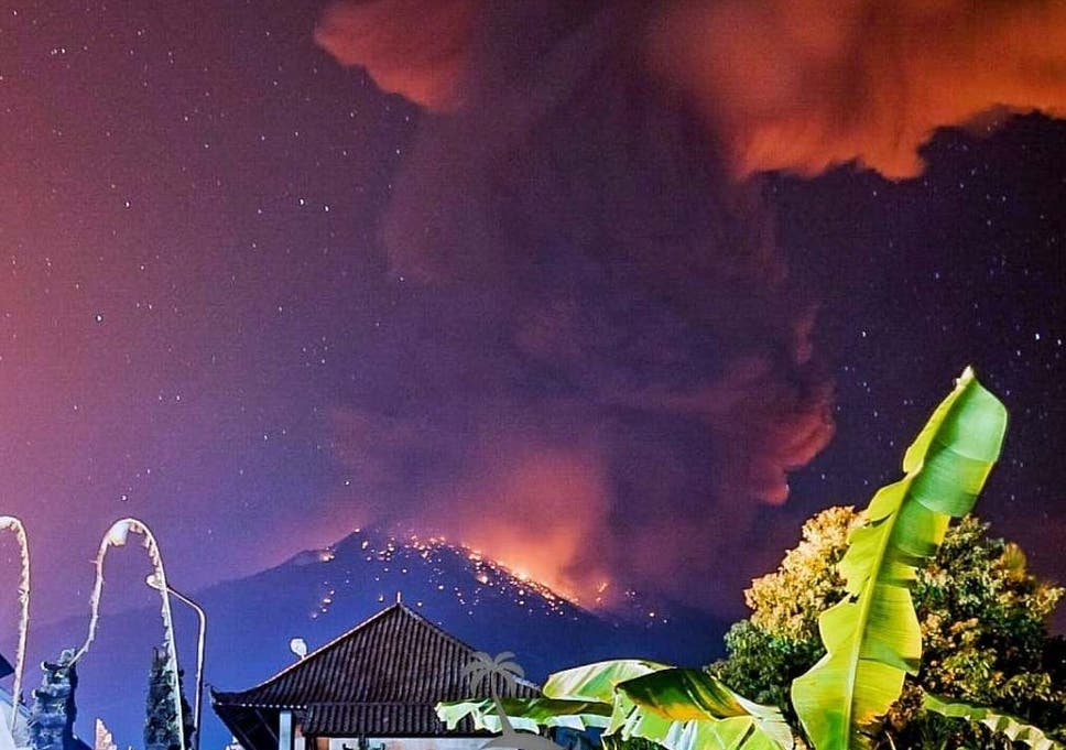 Mount Agung Eruption Bali Volcano Could Erupt Again Tourists