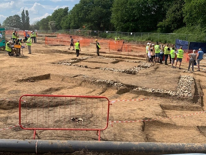 Remains of entire Roman town discovered next to motorway in Kent