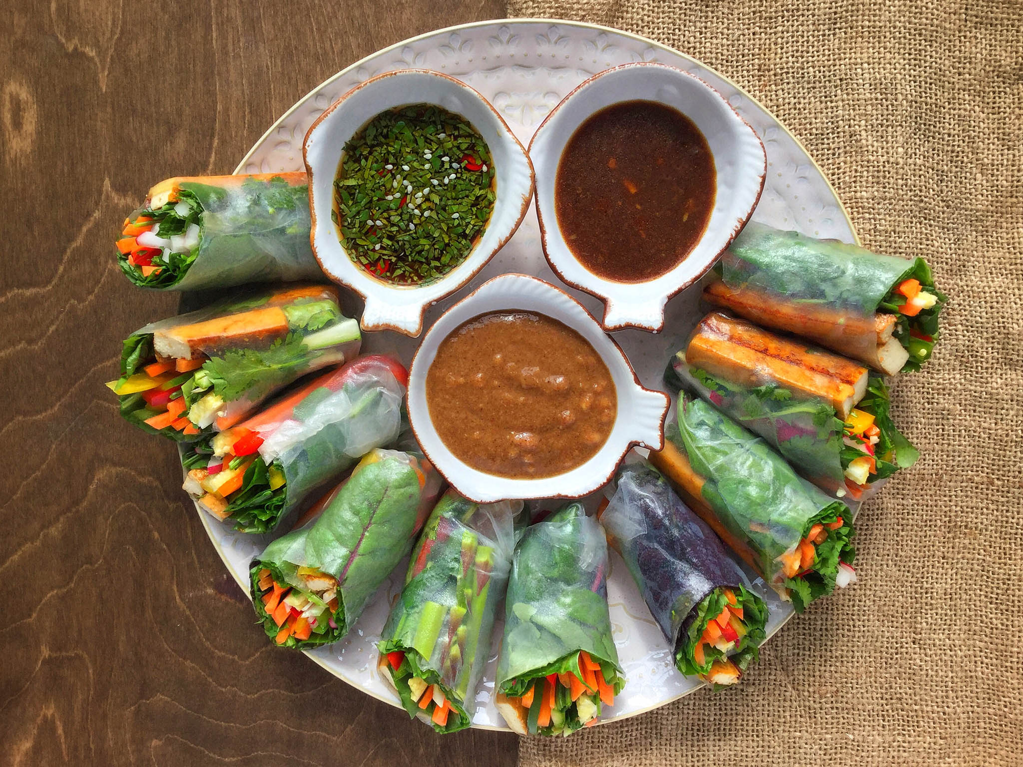 How to make spicy tofu summer rolls