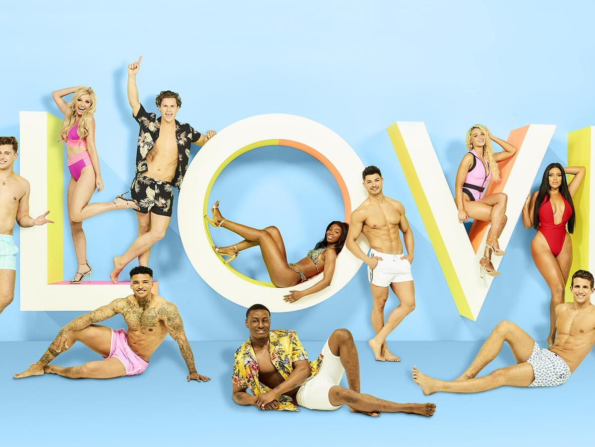 Love Island Former Contestants Reveal Secrets Behind The Itv2 Show The Independent