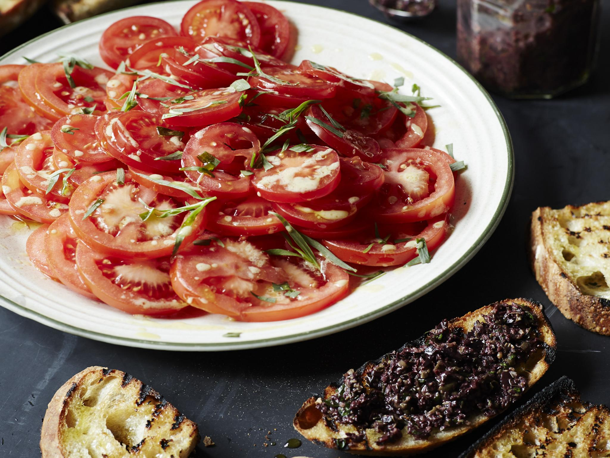 How to make tomato and tarragon salad with tapenade toast 1