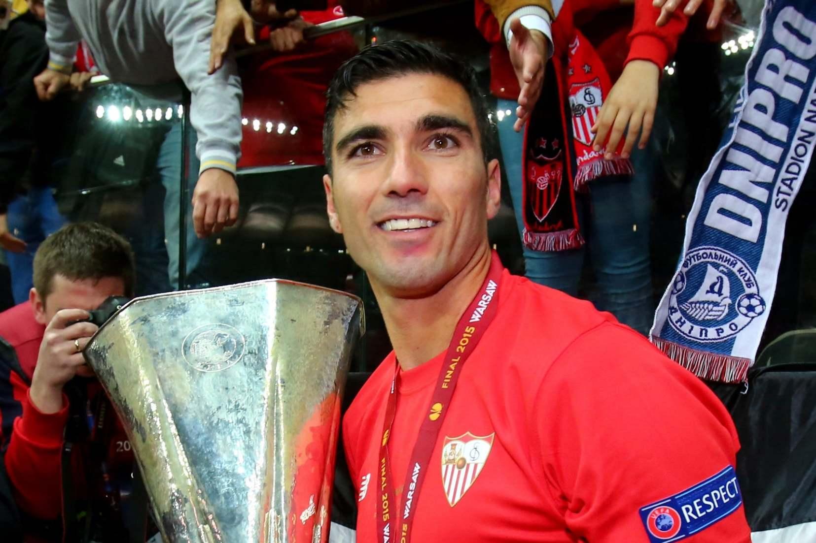 Jose Antonio Reyes dead: Former Arsenal striker dies in ...  Jose Antonio Re...
