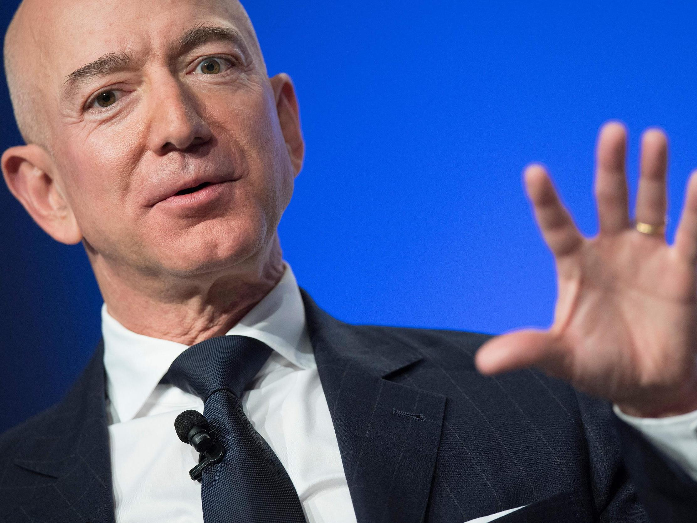 Saudi crown prince 'hacked Amazon boss Jeff Bezos's phone with Whats…