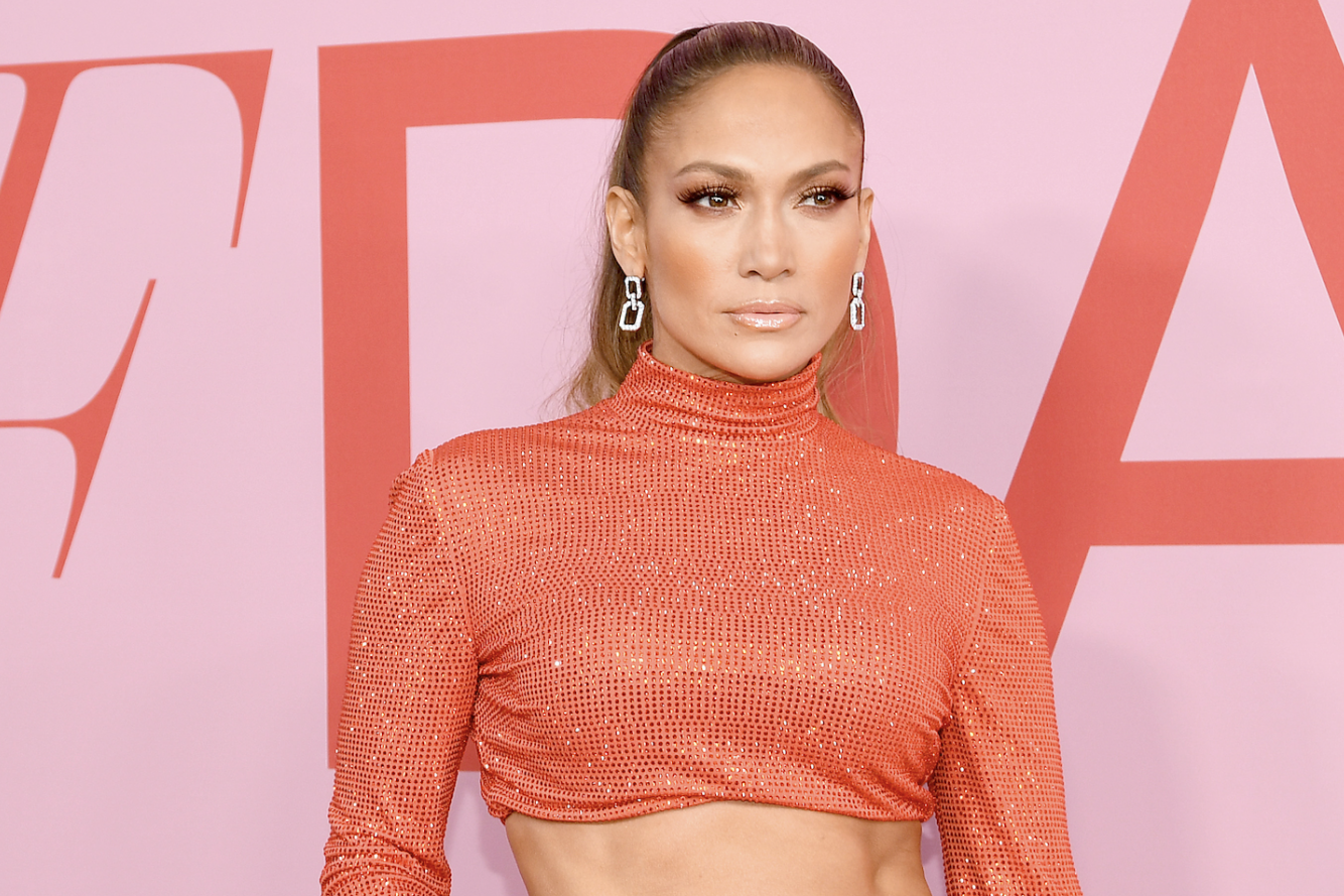 Cfda Awards 2019 The Best Dressed Guests From Jlo To Bella Hadid