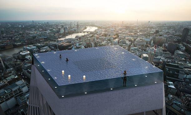 infinity pool met doorzichtige bodem op 220 meter hoogte en 360 view over Londen