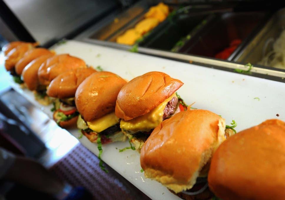 Wahlburgers restaurant review: A sad, slow burger for a big
