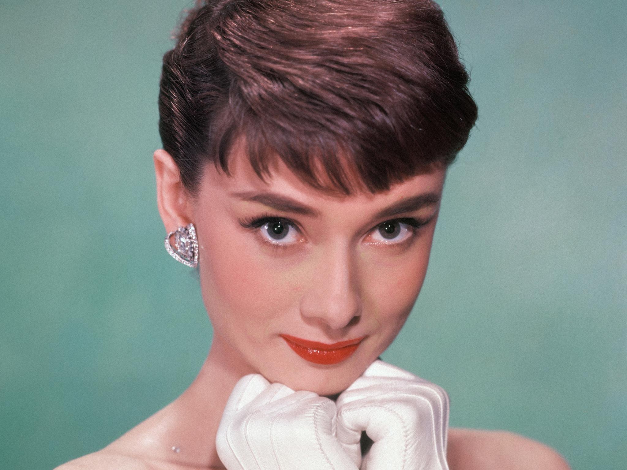 17. Audery Hepburn