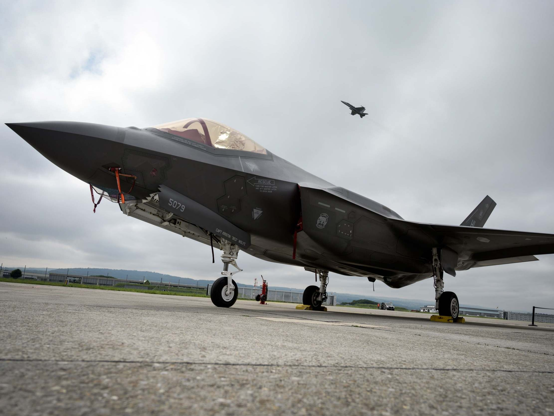 Cancel Russian defence system order or lose out on F-35 jets