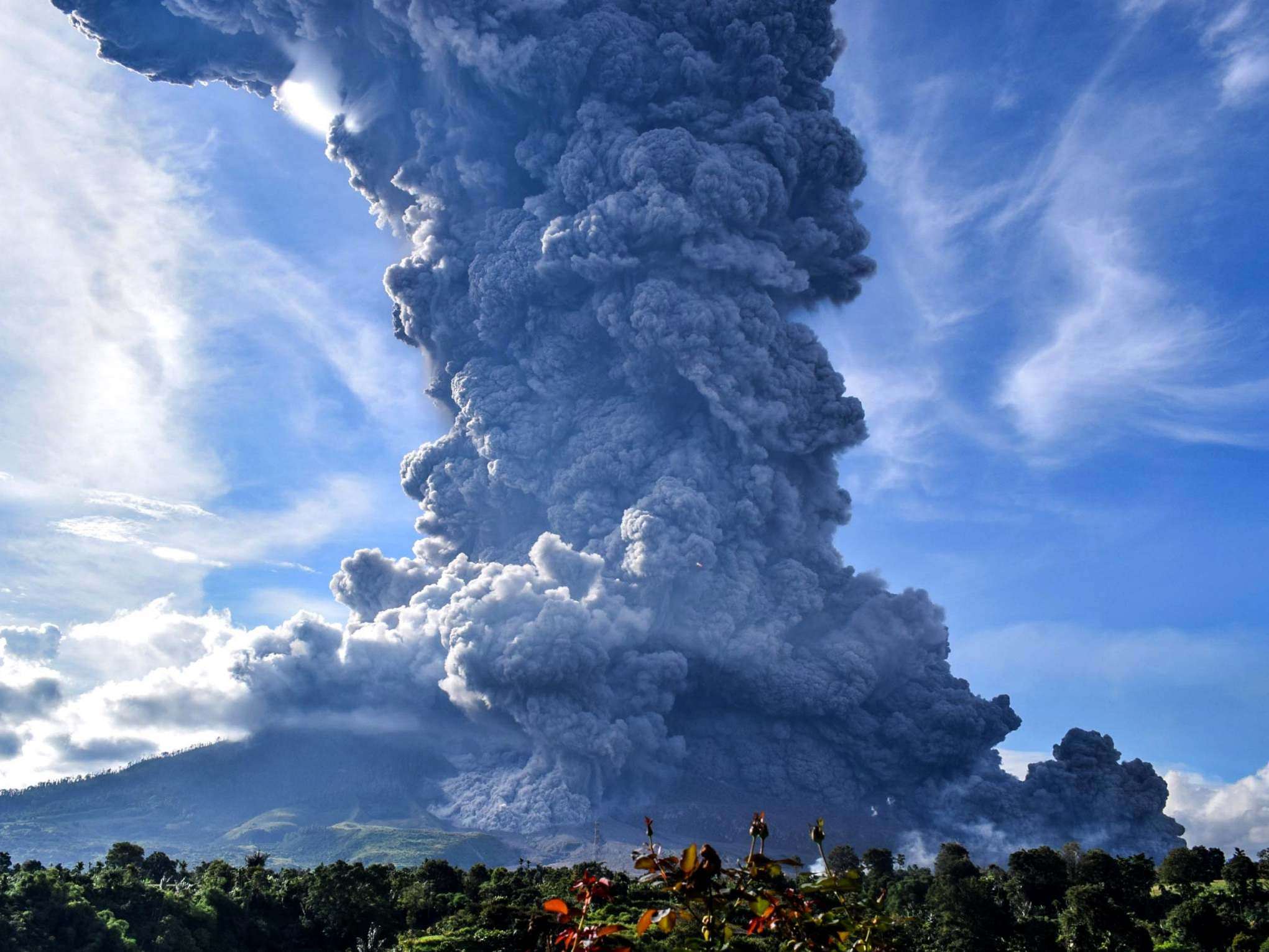 indonesia-volcano-2.jpg