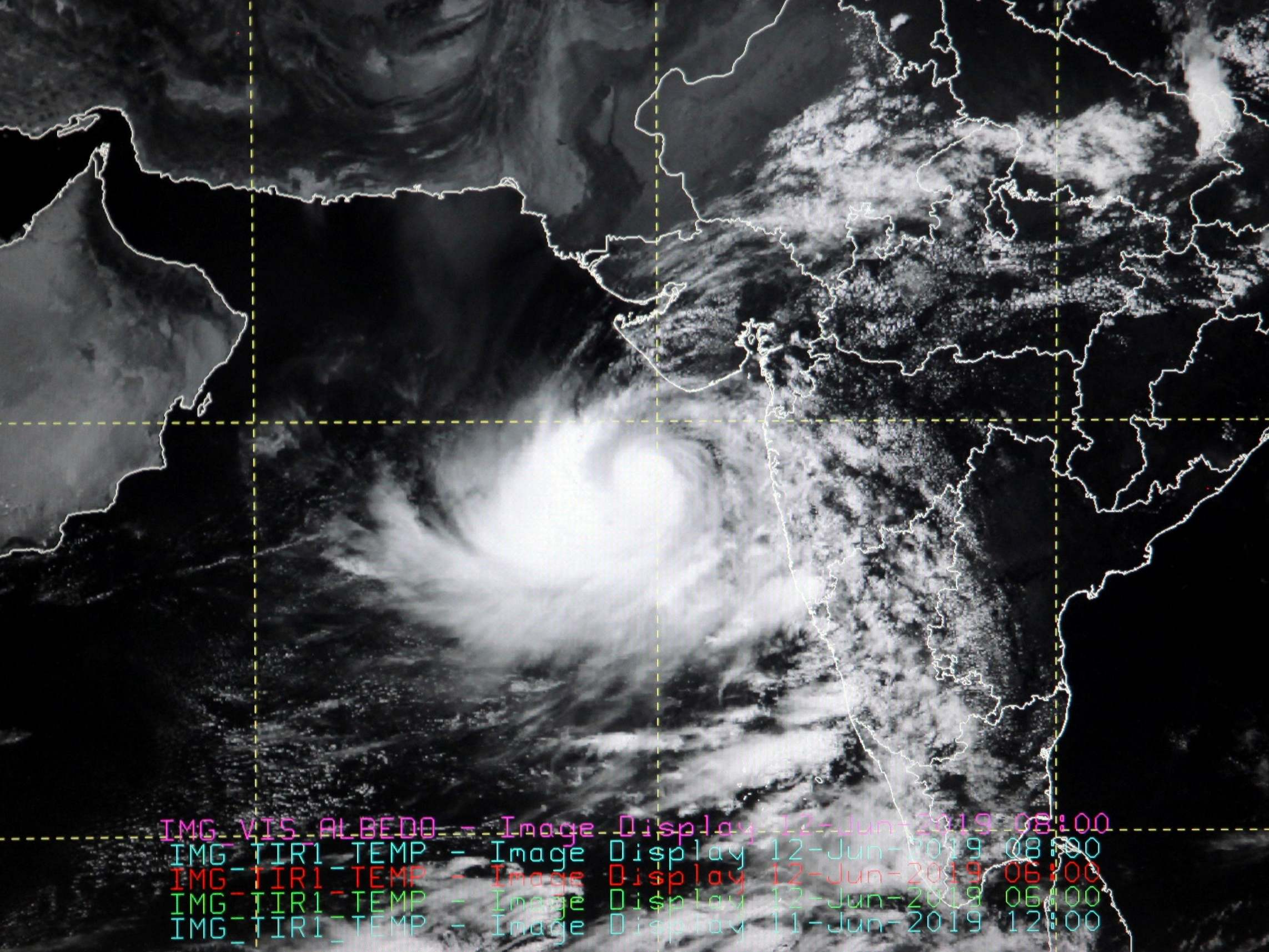 Cyclone Vayu: Thousands evacuated as tropical storm heads for India's Gujarat coast