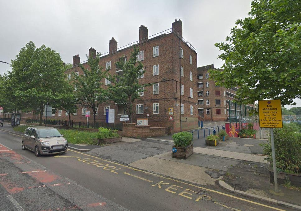 Tulse Hill shooting: 17-year-old fighting for life after