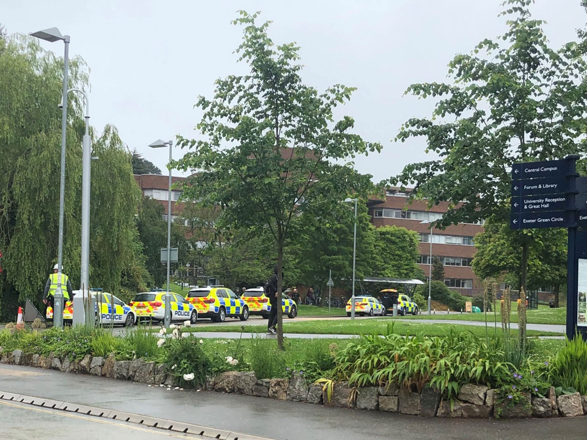 Exeter University: Armed police scrambled after student 'makes threats with handgun'