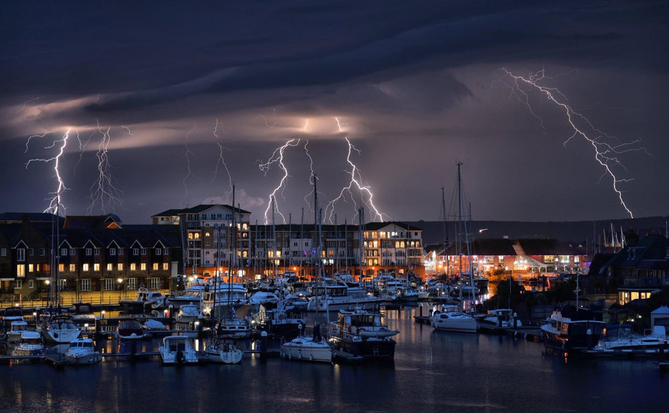 eastbourne-lightning-1000-2.jpg?width=1368&height=912&fit=bounds&format=pjpg&auto=webp&quality=70