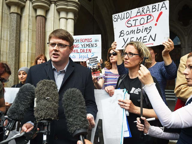 Andrew Smith, spokesperson for Campaign Against Arms Trade, outside the Royal Courts of Justice
