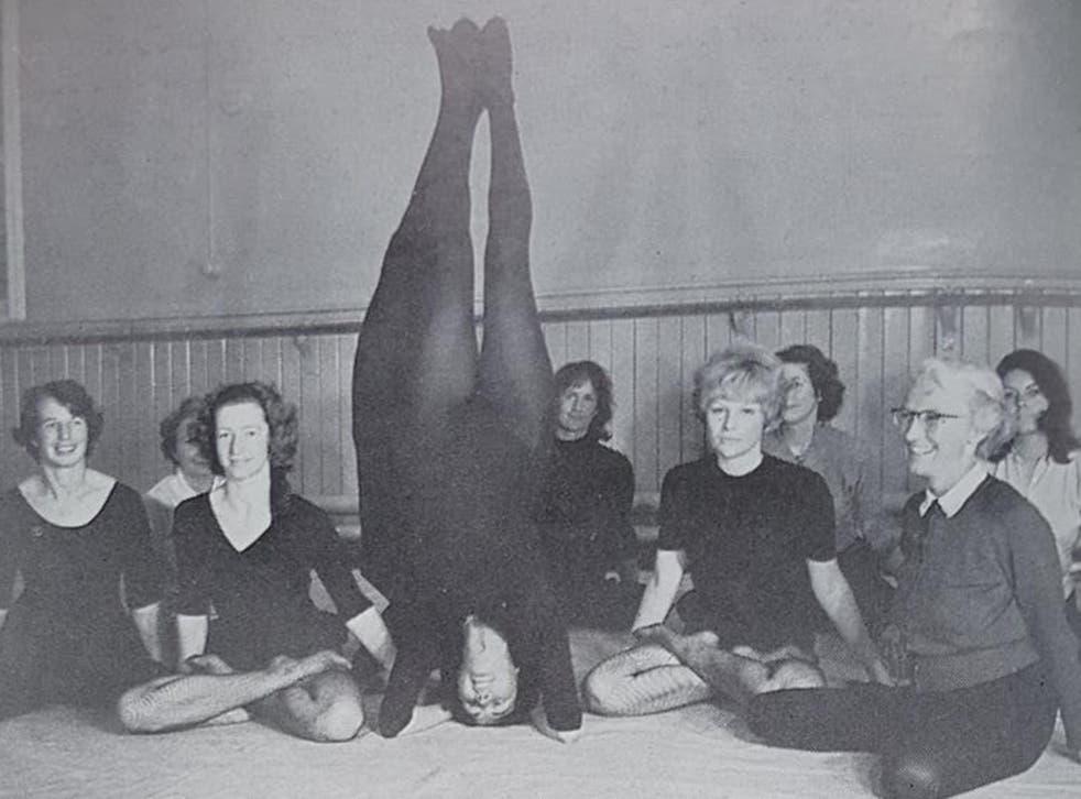 Yogini Sunita training a group of British women to be yoga teachers in 1966