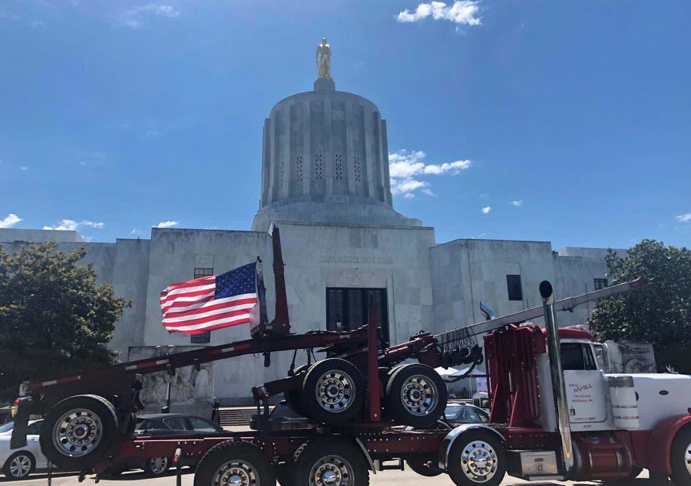 Oregon Republican Party mocks armed militia threat, despite
