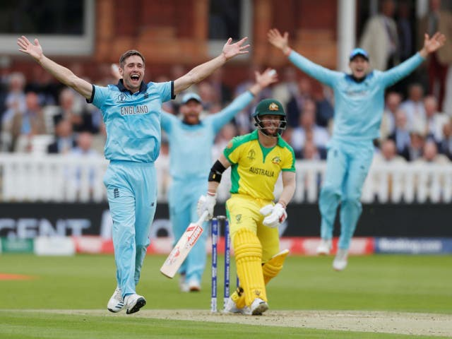 Chris Woakes appeals for the wicket of David Warner